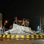 En conmemoración a su natalicio el Eln instaló el fin de semana anterior banderas alusivas a esa Guerrilla y sorprendieron a los habitantes de Fortul con serenata