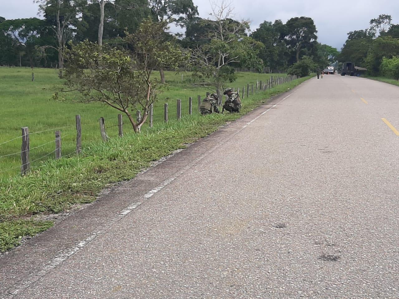 Ejercito desactivó carga explosiva en la vía Tame-Fortul