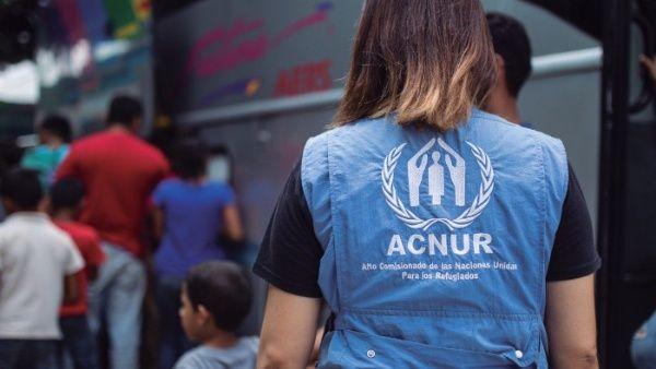30 niños recibieron significativa donación por parte de ACNUR