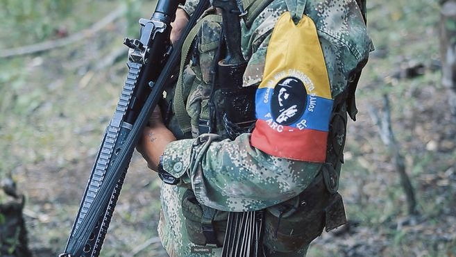 Continúan los ataques de delincuentes en la vía Arauca Tame, al parecer disidentes de las Farc serían los responsables.